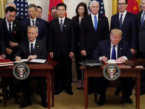 Ông Trump chỉ trích đề xuất cấm bán động cơ máy bay cho Trung Quốc
