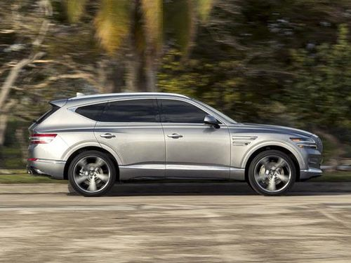 Genesis GV80 chốt giá từ 1,136 tỷ đồng, cạnh tranh với BMW X5, Mercedes-Benz GLE