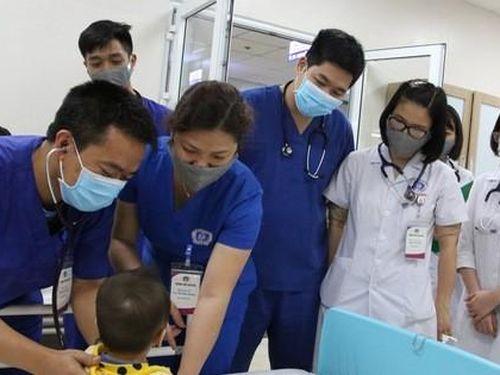 Bé 11 tháng tuổi ở Hòa Bình mắc Kawasaki: Đây là bệnh gì, mức độ nguy hiểm như thế nào?