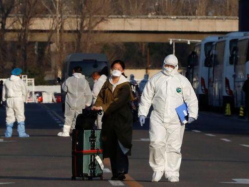 Ca nhiễm ngoại nhập tăng, Trung Quốc lo làn sóng dịch bệnh thứ hai