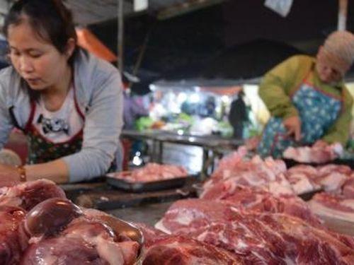 Người Hà Nội chưa bỏ được thói quen ăn 'thịt nóng'