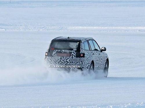 'Rolls-Royce Cullinan' phiên bản Nga bất ngờ xuất hiện ở Vòng Bắc Cực