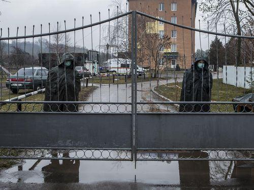 Quân đội Ukraine ghi nhận trường hợp đầu tiên tử vong vì Covid-19