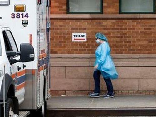 Mỹ báo động tình trạng thiếu thiết bị y tế phòng hộ