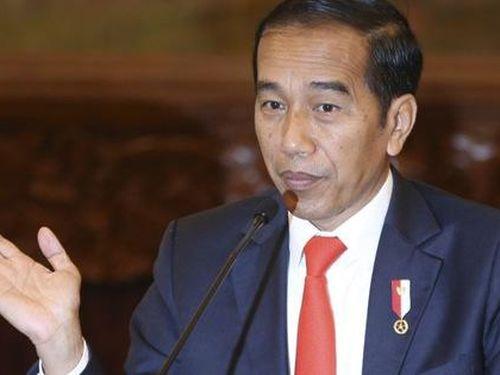 Jakarta rối trong ngày đầu tiên đi làm với lệnh giãn cách xã hội