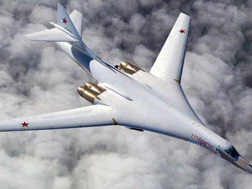 NATO 'giật mình' khi Nga đẩy mạnh việc sản xuất oanh tạc cơ Tu-160M2