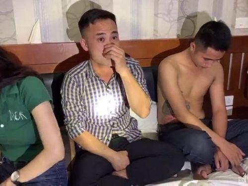 Nhóm thanh niên bị khởi tố vì thuê phòng khách sạn để 'bay lắc'