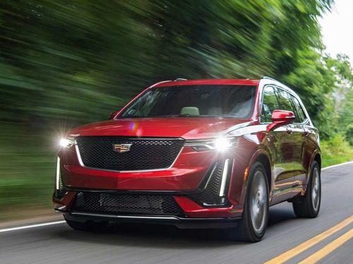 Xe sang Cadillac XT6 không thể bán tại Mỹ vì có đèn pha hiện đại