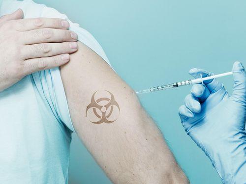 WHO: Cho người lành nhiễm Covid-19 có thể làm ra vaccine nhanh hơn