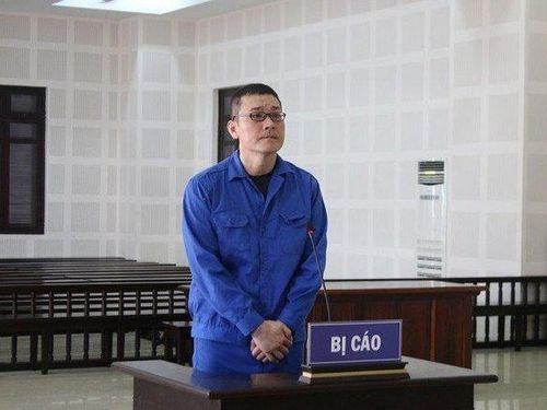 Đối tượng người Hàn Quốc lãnh án vì mang dao gây rối sau khi dùng ma túy