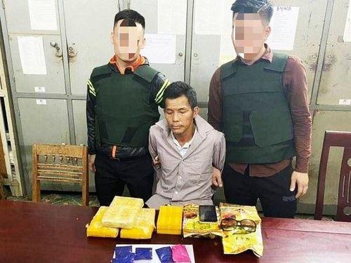 Nghệ An: Bắt một 'đầu nậu', thu giữ lượng ma túy lớn