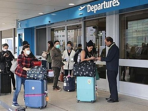 Đưa hơn 300 công dân Việt Nam từ Australia và New Zealand về nước