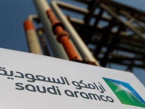 Saudi Aramco tạm ngừng phát triển một số dự án