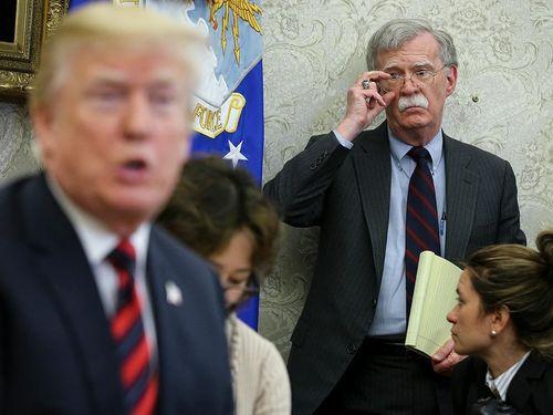 Cựu Cố vấn an ninh Mỹ Bolton bị chỉ trích vì cuốn hồi ký Nhà Trắng