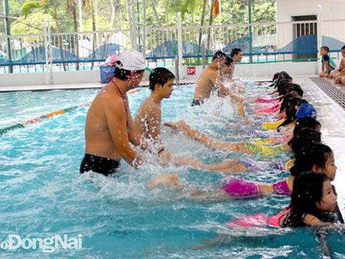 Phòng tránh đuối nước cho trẻ em