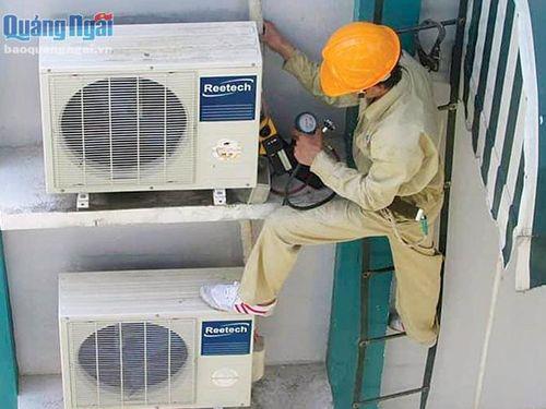 Dịch vụ sửa chữa thiết bị điện: Đắt khách mùa nắng nóng