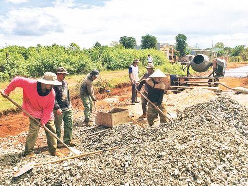 Huy động sức dân trong xây dựng nông thôn mới ở Gia Lai