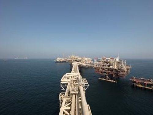 ADNOC đồng ý cho hai công ty dầu khí lớn của Trung Quốc chuyển nhượng cổ phần