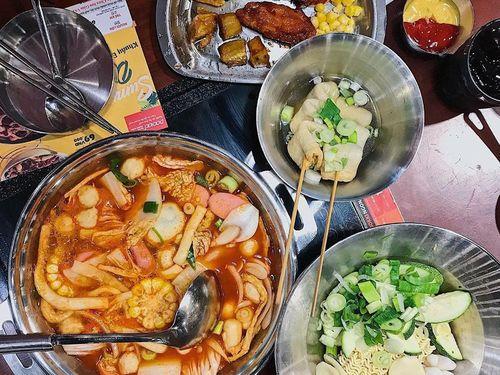 4 tổ hợp ăn uống thu hút giới trẻ ở TP.HCM