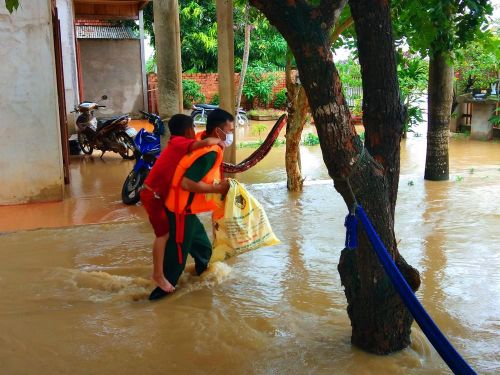 Vùng biên Đắk Lắk ngập lụt, hơn 51 tỷ đồng trôi theo nước