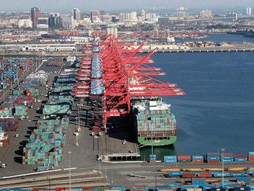 WTO: Tăng trưởng toàn cầu giảm 13% trong năm 2020, lạc quan hơn so với kịch bản kinh tế trước đó