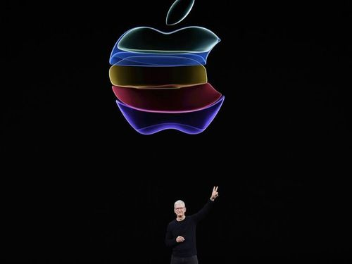 Apple sắp cận kề cột mốc lịch sử chưa từng có công ty nào làm được