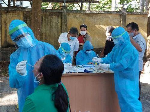 Lịch trình di chuyển chi tiết của 2 ca bệnh COVID-19 ở Quảng Nam