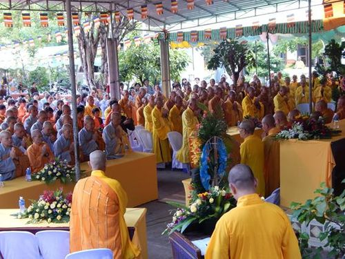 Bình Thuận : Ngưng tổ chức lễ tạ pháp an cư tập trung