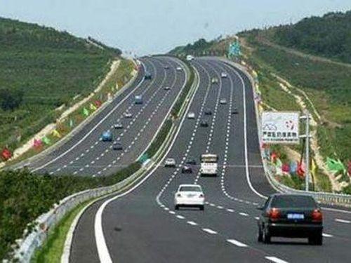 Sớm giải phóng xong mặt bằng đường nối Lai Châu với cao tốc Nội Bài - Lào Cai