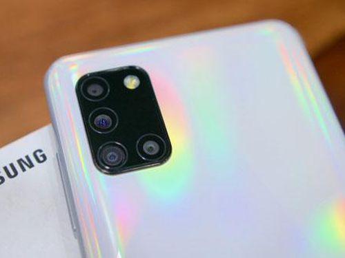 Samsung Galaxy A31 với 4 camera sau, pin 5.000 mAh, RAM 6 GB giảm giá 1,8 triệu đồng