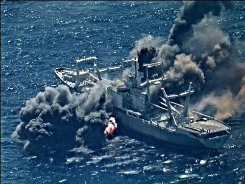 Tàu cũ của Hải quân Mỹ thành mục tiêu thử tên lửa