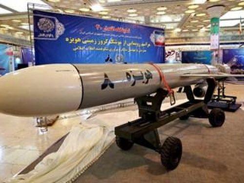 Iran trang bị hàng loạt tên lửa hành trình tầm xa cho các tàu khu trục