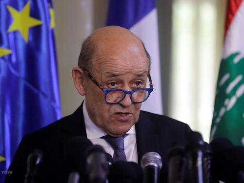 Pháp phạt tù 2 kẻ giả danh bộ trưởng để lừa đảo hàng chục triệu euro