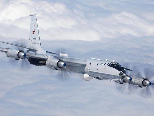 'Sát thủ' săn ngầm Tu-142 Nga đột kích bất ngờ, tàu chiến NATO thất kinh