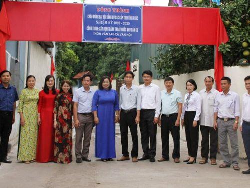 Tam Dương (Vĩnh Phúc): Gắn biển công trình chào mừng Đại hội Đảng bộ tỉnh lần thứ XVII
