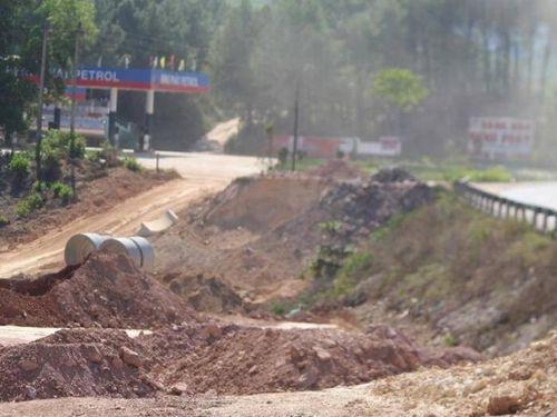 Dự án Cam Lộ - La Sơn: Chậm di dời công trình hạ tầng kỹ thuật