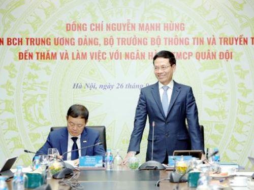 Bộ trưởng Bộ TT&TT Nguyễn Mạnh Hùng: MB phải tiên phong chuyển đổi số