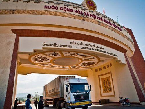 4 trường hợp bị thu hồi Giấy phép vận tải qua biên giới Campuchia - Lào - Việt Nam