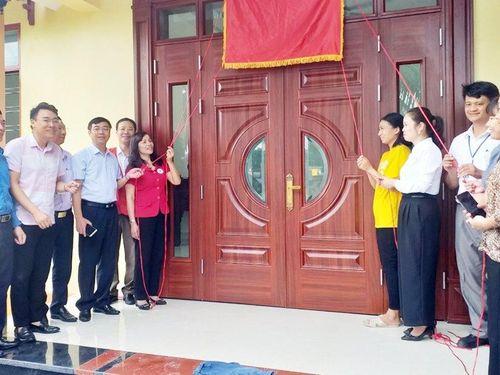 Uông Bí: Bàn giao nhà nhân đạo cho hộ nghèo