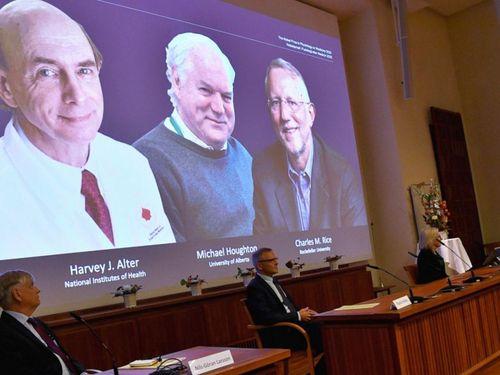 Giải Nobel Y học 2020 đã có chủ