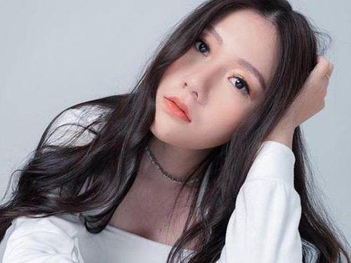 Em gái diễn viên đi học có xe riêng đón rước của MC Trấn Thành