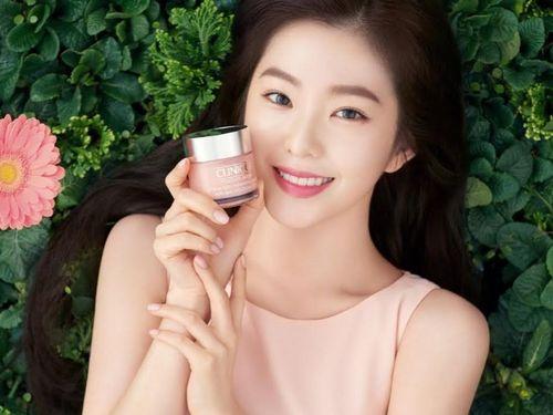 Irene bị gỡ hình ảnh quảng cáo mỹ phẩm