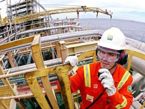 Brazil trở thành nhà cung cấp dầu thô lớn thứ ba cho Trung Quốc