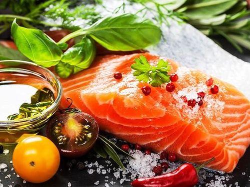 Những lợi ích kinh ngạc của cá hồi với sức khỏe con người