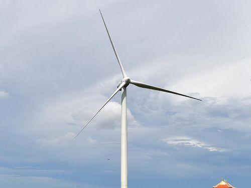Năng lượng tái tạo - xu thế mới còn nhiều rào cản
