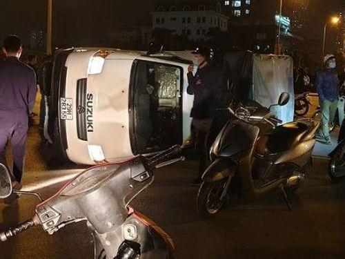 Tin giao thông đến sáng 28/11: Liên tiếp xảy ra tai nạn tại Hà Nội, kinh hoàng xe tải rượt đuổi xe ben