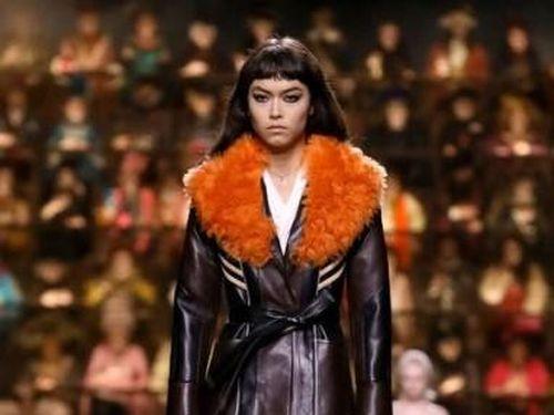 Những sự lựa chọn màu độc đáo cho mùa thời trang giáng sinh 2020