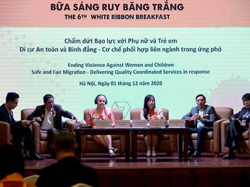 'Bữa sáng Ruy Băng Trắng': Giải pháp truyền thông xóa bỏ bạo lực đối với phụ nữ