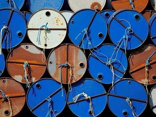 Giá dầu hôm nay 8/12 giảm do dịch Covid-19 tiếp tục diễn biến phức tạp