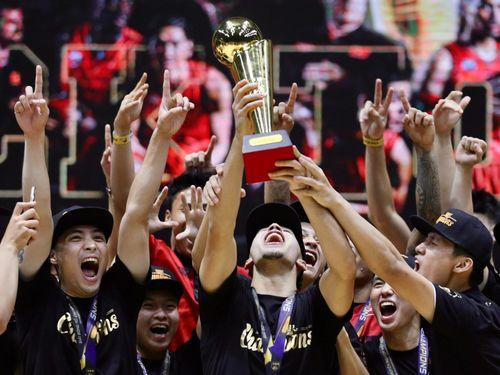 Saigon Heat thống trị bóng rổ Việt Nam